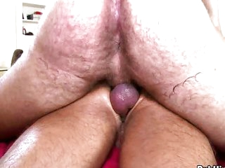 Muscle head likes fucking ready guy