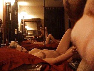 Amateur couple has loud sex in bed