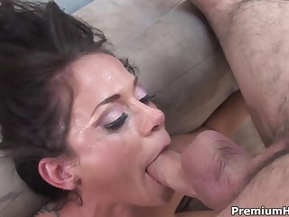 Big racked brunette bitch Savannah Stern gets ferociously deep throat fucked on the couch. The takes brutal dick deep down her throat over and over again. But soon her buddy cums!