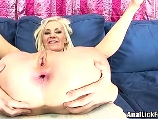 Bitches BrAndi Edwards And Eden Adams Gets A Warm Jizz Togetthis Guyr