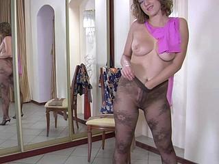 Jaclyn in hose clip