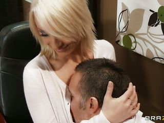 gorgeous blonde seduces her boss