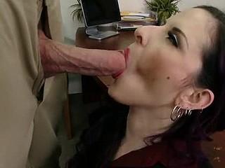 Mommy's Boss is a Hawt Slut