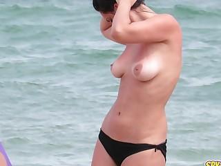 Big Tits Hot Topless MILFs - Amateur Voyeur Beach Video