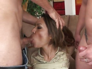 Tempting Nataly Rose gets her mouth stuffed with shlong