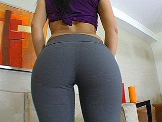 Ricki White & Victoria Allure acquire their butts fucked